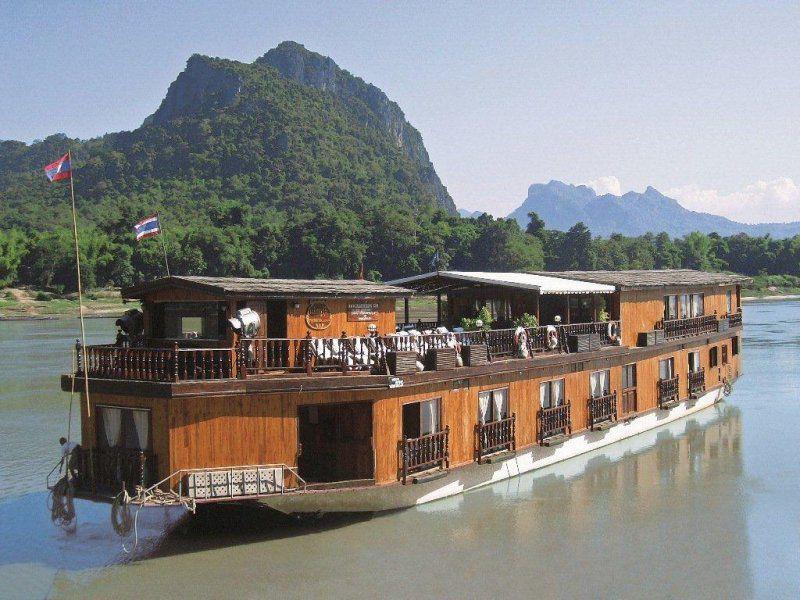 > Cruising The Mekong River, Laos