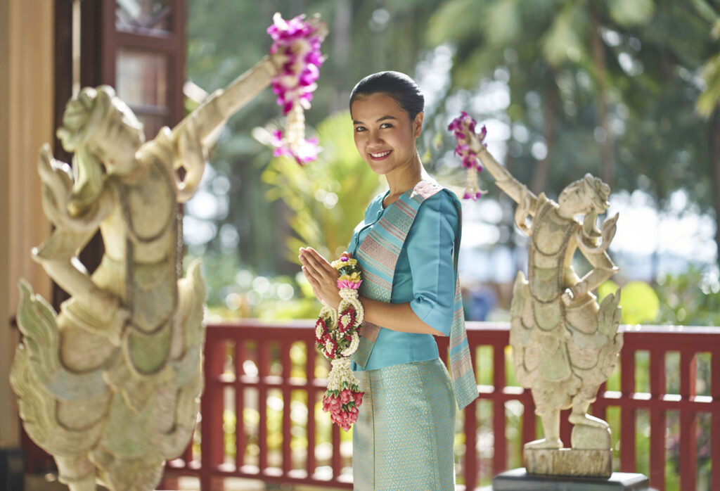 A Warm Thai Welcome to Dusit Thani Resort